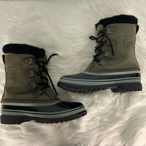 Sorel Caribou Insulated Lace Up Boots Size 9